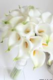 Mireasa deține o floare de floare de floare flori de simulare flori