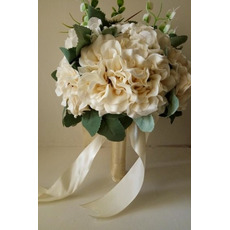 Noul 2017 exploatație flori bej rochie mână albă în mână