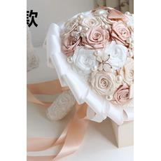 Perla de diamante mireasa de mână care deține flori personalizate trandafiri buchet de domnisoara de onoare